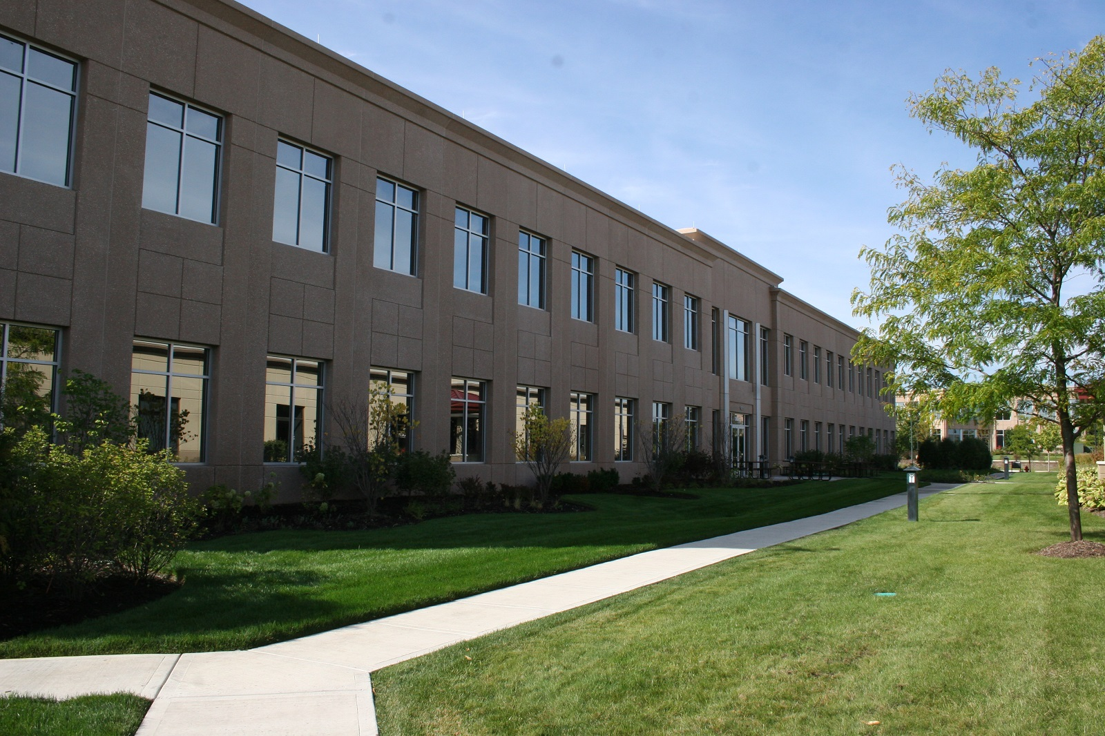 Anixter Office Bldg - Glenview 20130930 083