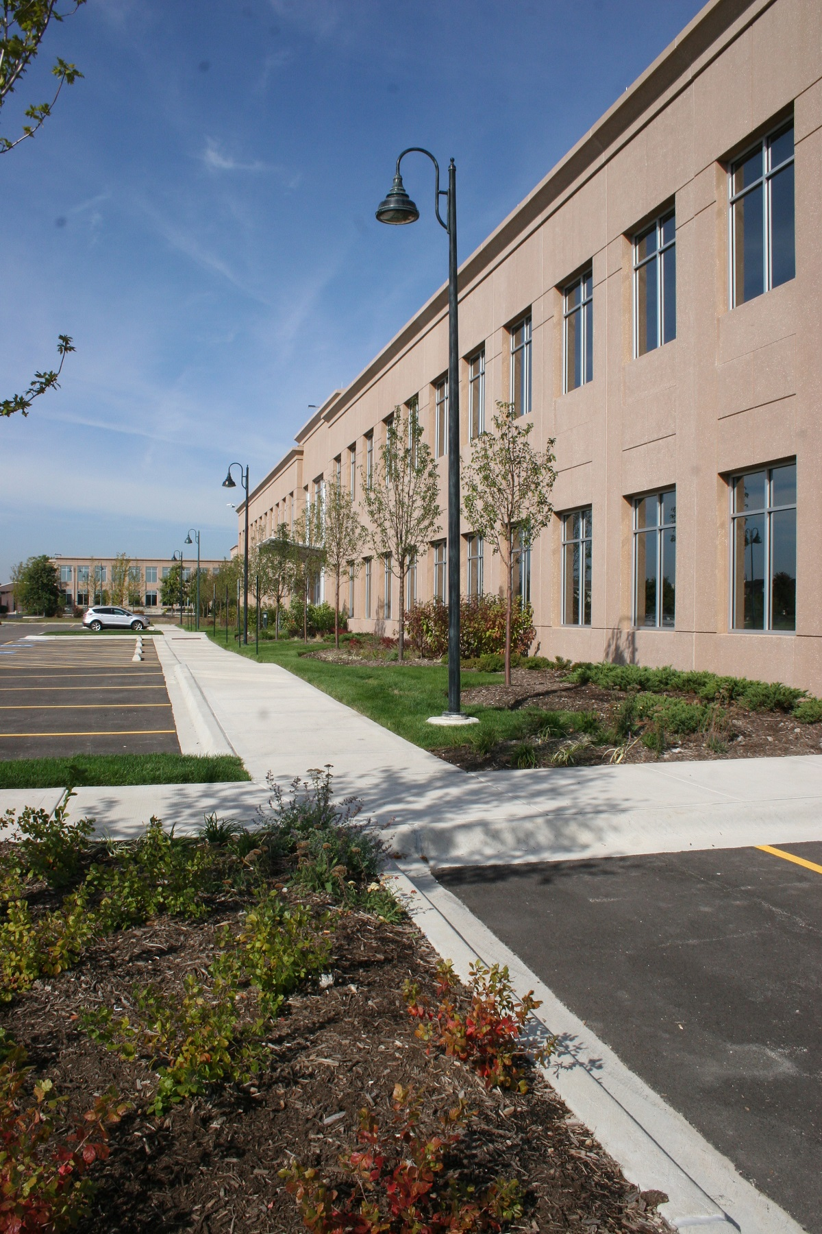 Anixter Office Bldg - Glenview 20130930 088